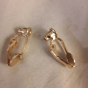 Goldtone earring converters  from piercel to cl